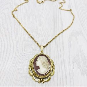 Vintage Whiting & Davis Cameo Necklace
